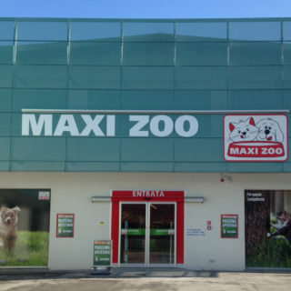 Maxi Zoo pet shop Alba